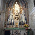 パリ、不思議のメダイ教会の不思議のメダイ